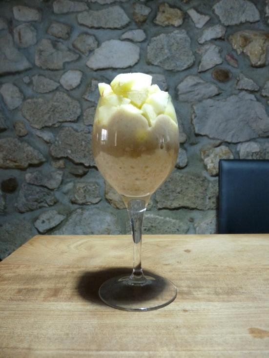 Lait d'amande végé-crème vanille et pomme