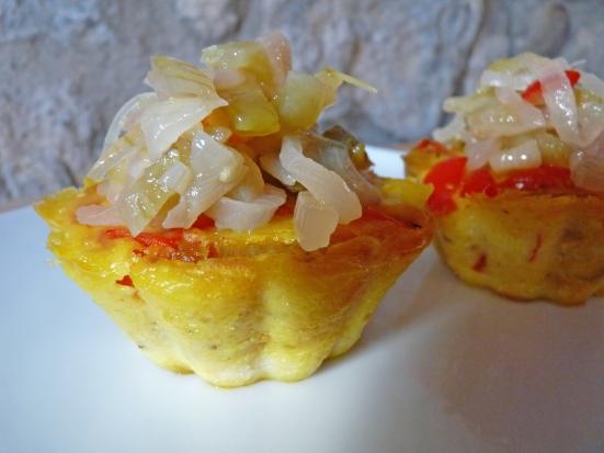 Clafoutis poivrons tempeh et chutney de tomates vertes