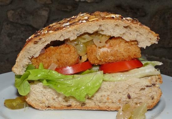 Sandwich au tempeh panné