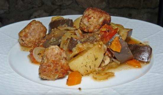 Daube de légumes et boulettes de soja