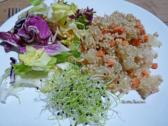 Salade de quinoa, pomelo blanc et carotte