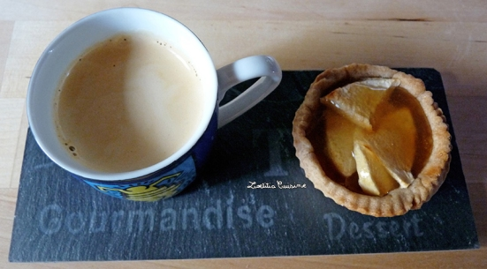 Tartelettes aux pommes, amandes et caramel