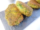 Nuggets de feuilles de blettes au poivre rouge sauce pesto{Véganes}