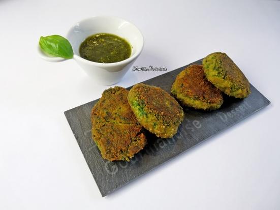 Nuggets de feuilles de blettes au poivre rouge sauce pesto
