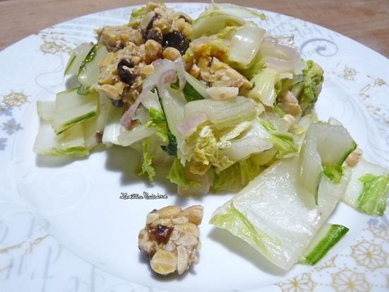 Poêlée de côtes de blettes, chou chinois et tempeh aux algues