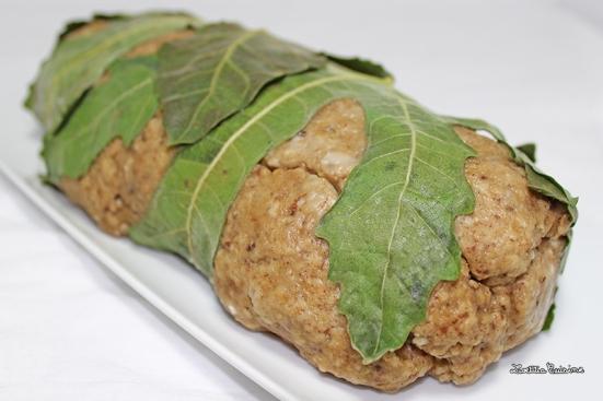 Seitan vapeur en papillote de feuilles de figuier