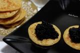 Blinis aux cacahuètes légèrement citronnés au caviar végétal(vegan)