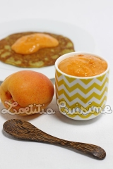 Pâte à tartiner crue à l'abricot et aux amandes {Vegan &Raw}