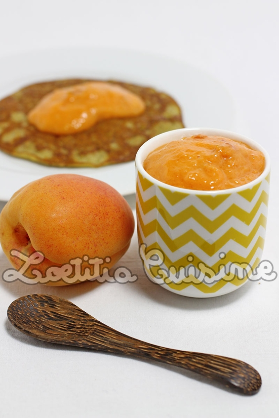 Pâte à tartiner crue à l'abricot et aux amandes