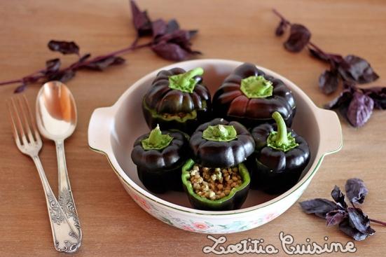 Petits poivrons farcis au sarrasin et basilic
